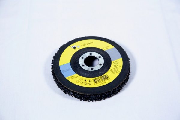 CLEAN & STRIP DISC WITH BACK UP PAD